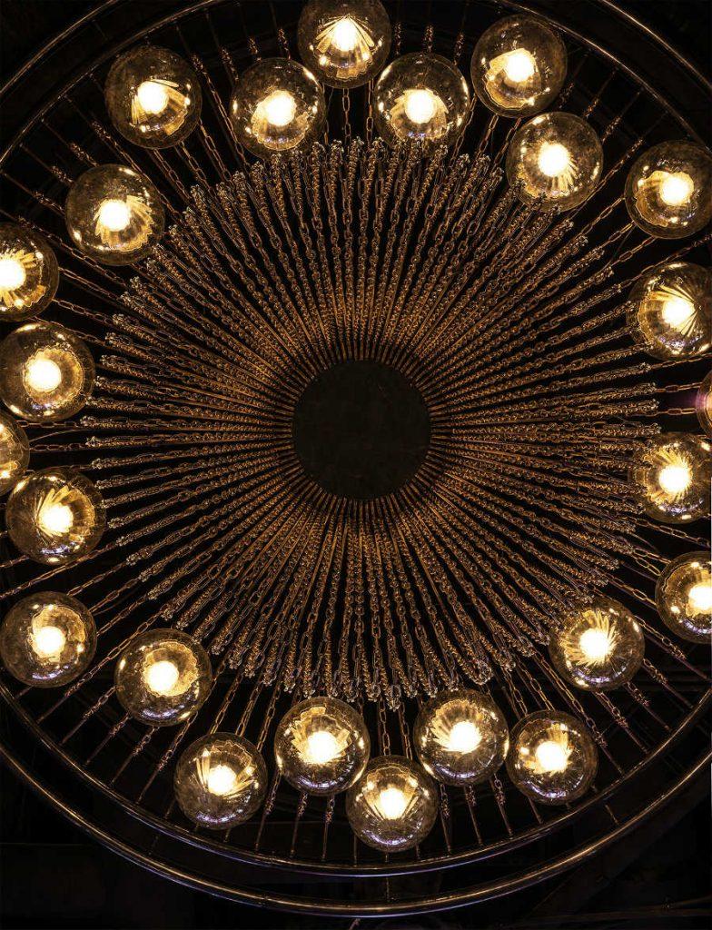 香港著名的豪华餐厅空间装饰设计